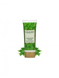 Vaadi Herbals Anti Acne Neem Face Pack with Clove and Turmeric, 120gm